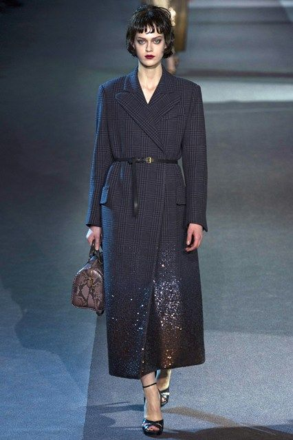 Louis Vuitton - www.vogue.co.uk/fashion/autumn-winter-2013/ready-to-wear/louis-vuitton/full-length-photos/gallery/952369