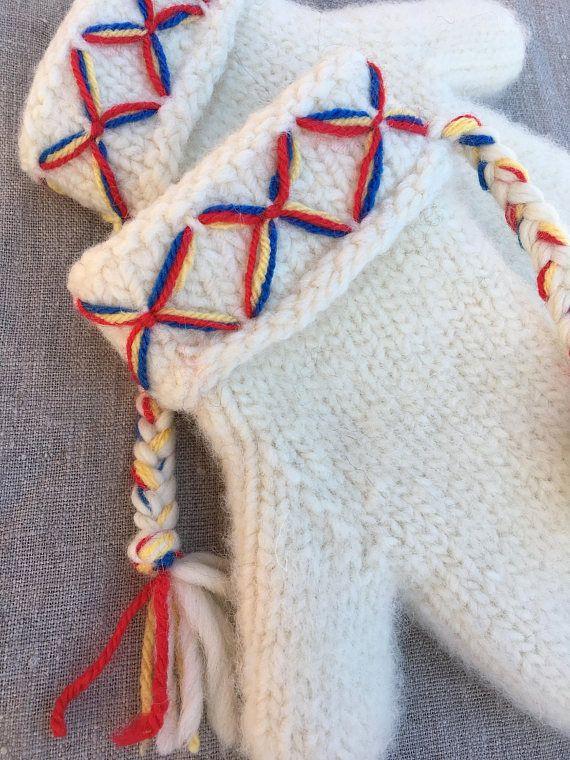 Mittens Swedish Lovikka mittens traditional scandinavian