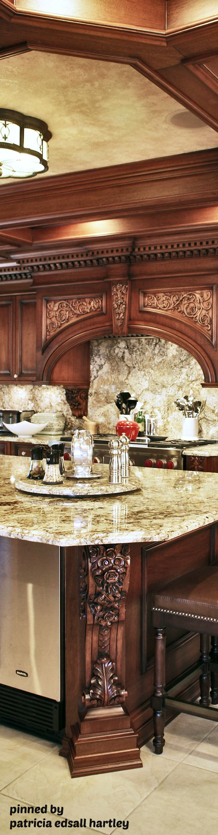 Best 25 tuscan kitchens ideas on pinterest tuscan kitchen colors tuscany kitchen and kitchen Old world tuscan kitchen designs