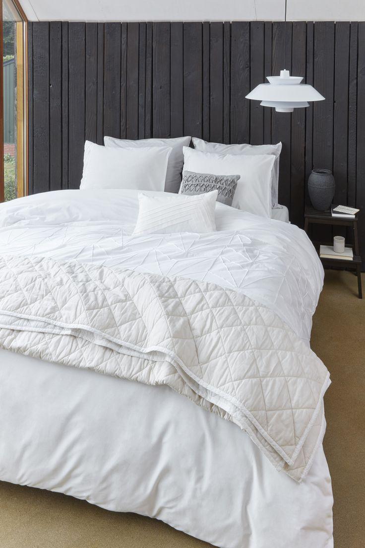 Ruime keuze witte dekbedovertrekken. #dekbedovertrek #slaapkamer