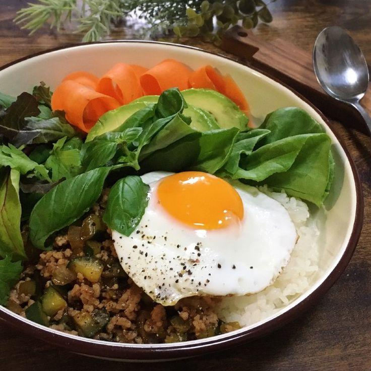 超美味。うちの簡単ガパオライス!ナンプラー無しレシピ。|LIMIA (リミア)