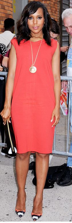 Who made Kerry Washington's red dress, black clutch handbag, jewelry, and pumps that she wore in New York?
