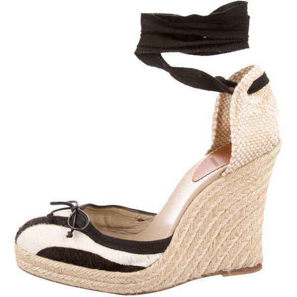 Pre-owned Christian Louboutin Zebra Print Espadrille Wedges (830 BRL) ❤ liked on Polyvore featuring shoes, sandals, animal print, woven leather shoes, leather wedge sandals, animal print sandals, wedge sandals and wedge shoes