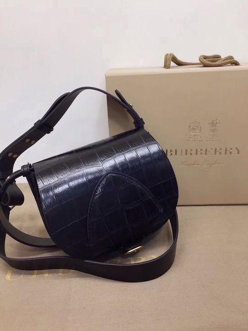 ab0c727a5cba The Pocket Satchel in Alligator #burberry #burberrybag #burberrylover  #burberry2018 #burberryaddict #aligat…   Bella Vita Moda online fashion  boutique in ...