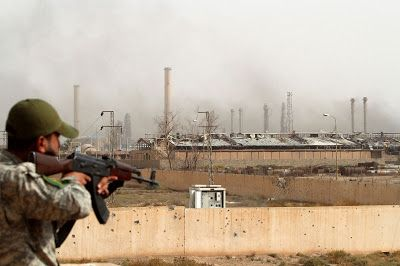 Vanguard News: Syria's Largest oil Recaptured Feild From ISIS #news #isis #daesh #isil #Syria #Iraq #mosul #raqqa #oil #field #soldiers #fighting #combat #war