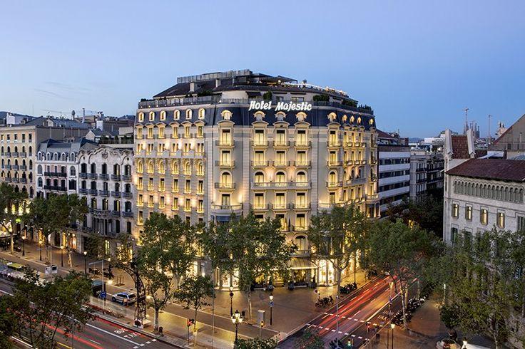 Villeroy & Boch equipa los baños de las habitaciones del Hotel Majestic, un lujoso hotel de 5 estrellas situado en el Paseo de Gracia, desde 1918 #Hotel #HotelMajestic #lujo #Barcelona #PaseodeGracia #Baño #wellness #fachada