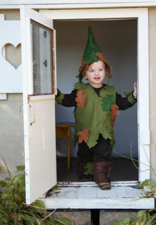 Adorable tree elf - all made from felt!