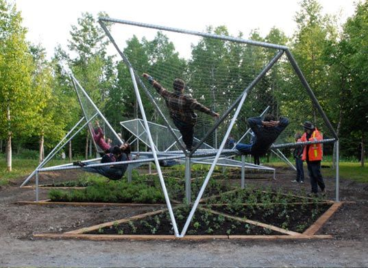 For this year's  International Garden Festival at Jardins de Métis/Reford Gardens, Jane Hutton and Adrian Blackwell created this garden installation called Dymaxion Sleep. The project featured a hammock-like structure floating above triangulated planting