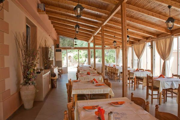 Dionysus Restaurant Lourdata Kefalonia