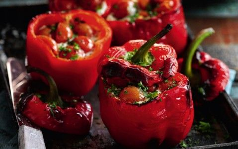 Slimming World's tomato and basil stuffed peppers recipe - goodtoknow