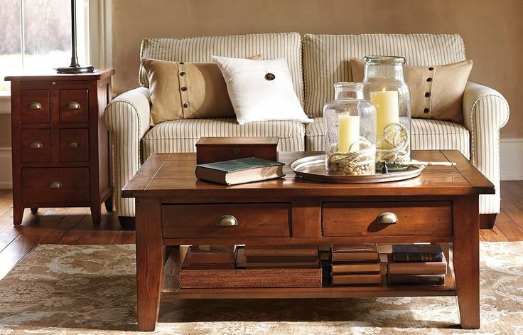 Loveseat Bonnie con mesa de centro y mesa lateral