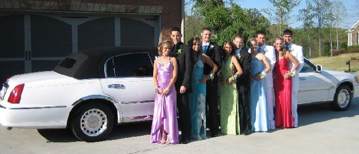 Prom Limo Service Houston - Looking for affordable yet luxurious Prom Limousine Service in Houston, TX? Call Houston & Executive Limo Link & ride in style.