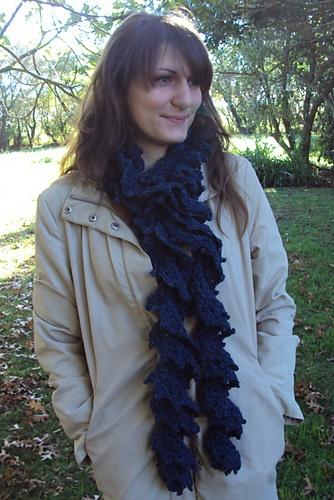 Ravelry: Twirly Scarf pattern by Lisa van Klaveren