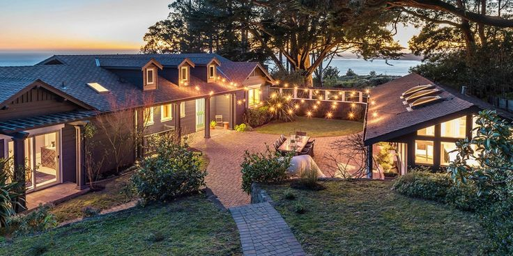 Calling all Deadheads, this is your chance to sleep in the same bedroom as Jerry Garcia! This 2,750-square-foot estate in Marin, where Garcia lived for seven years in the 1970s with his wife and young daughters, has not only housed Grateful Dead members but also seen such guests as Bob Dylan, Neil Y...