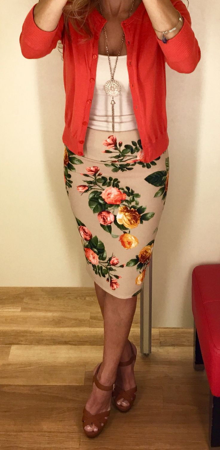 LuLaRoe Cassie skirt www.facebook.com/groups/LuLaRoeLaceyStielow