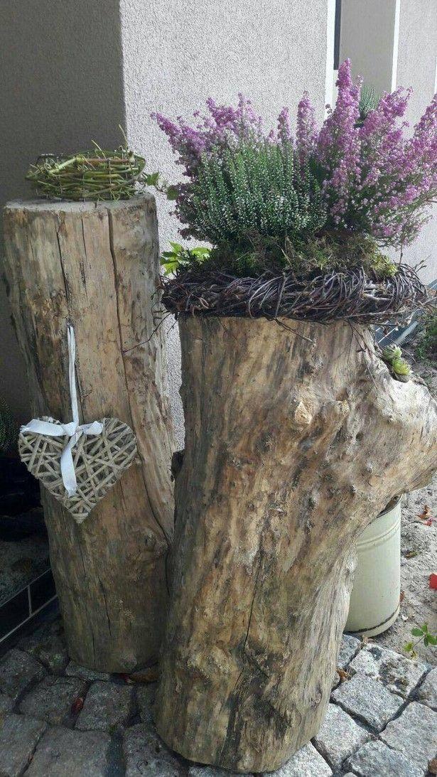 Holz Deko Fur Garten Selber Machen In 2020 Baumstamm Garten Weihnachten Haus Dekoration Baumstamm