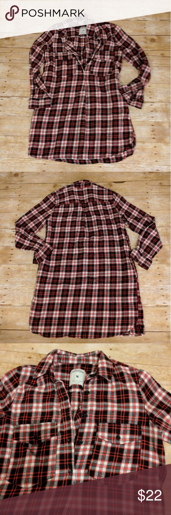 Zara Basic Plaid Flannel Tunic Zara Basic Plaid Flannel Tunic * Excellent pre-owned condition * Two front pockets on chest * Two side pockets at hips * Button down * Slight high-low * Epaulets * Size Medium Zara Tops Button Down Shirts