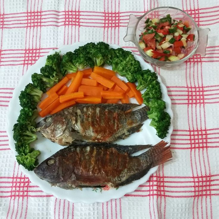 Grilled fish with salsa sauce