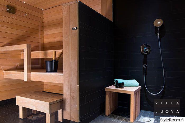 """""""VillaLuova"""":n talossa on hieno kontrasti saunan ja suihkutilan välillä. #styleroom #inspiroivakot #sauna #kylpyhuone"""