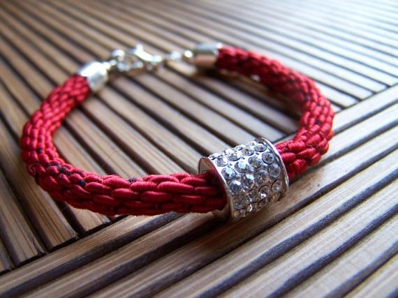 Pulsera roja elegance / Leia Morgana, Bisuteria Artesanal , Artesanio