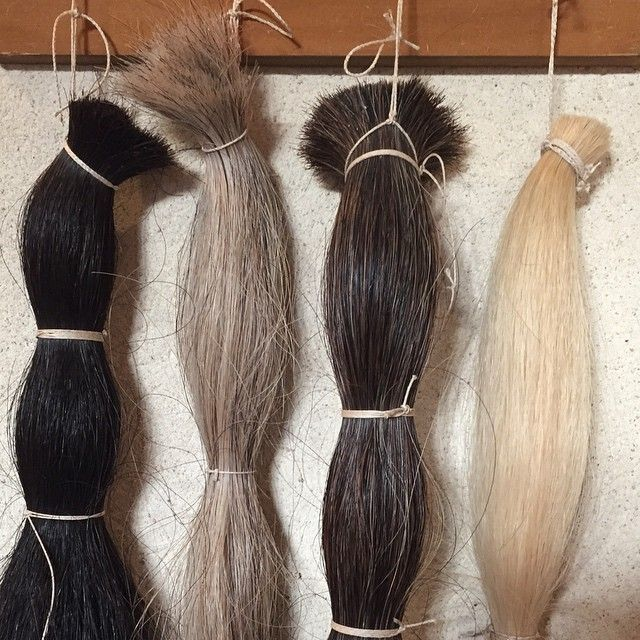 The four natural horsehair used for our amazing Le Crin fabric !  #lecrin #creationsmetaphores