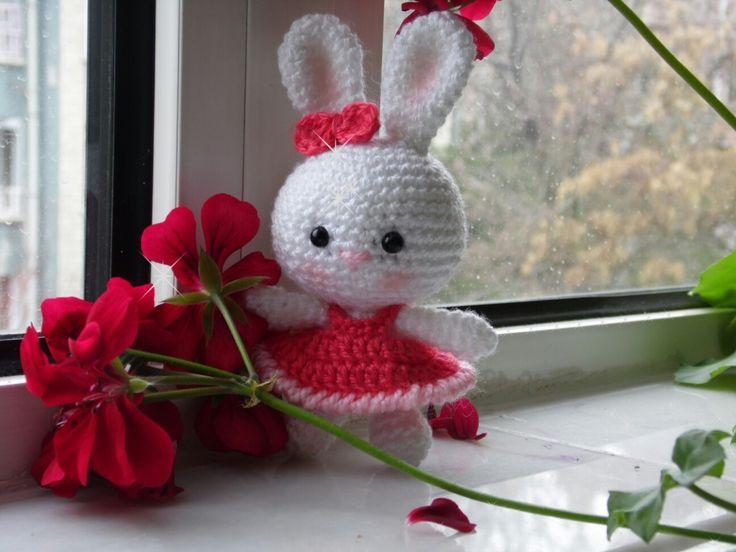 Amigurumi Bunny Pencil Holder : Best ponpon orgu images amigurumi patterns arm