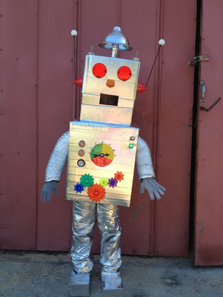 13 best images about halloween robots on pinterest for Robotic halloween decorations