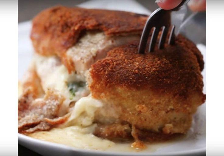 Ik had nog wat plakjes kaas over en zocht op internet naar een recept met kaas en spinazie, en toen kwam dit smakelijke recept naar voren. Dank Tasty. Het was weer smullen! Ingrediënten 1 grote kipfilet 1 plakje kindje Zwitserse kaas 1 plakje provolonekaas 1 dun plakje ham 5-8 jonge spinazieblaadjes ½ kopje bloem 2 eieren ⅔ kop paneermeel Olie voor frituren Zout en peper naar smaak Bereiding Snijd een opening in de zijkant van de kipfilet. Kruid de kip met zout en peper. Stapel de twee…