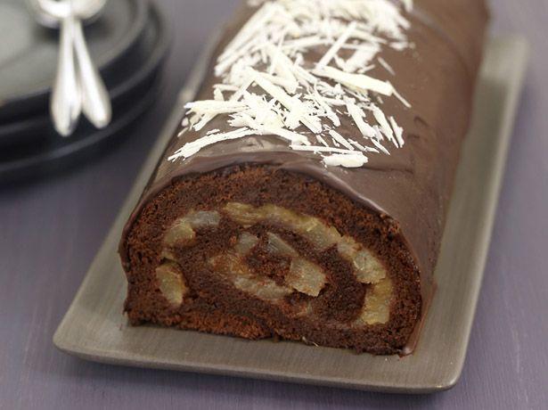 Roulé au chocolat et poires pochées à la vanille