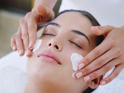 cream skin care dekat Pasar Minggu Klinik Kecantikan dr Aisyiah, about skin care dekat Pasar Minggu Klinik Kecantikan dr Aisyiah, best ski...