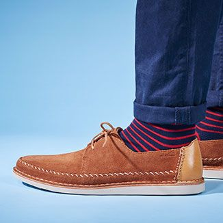Le classiche scarpe stringate da uomo, ma con un tocco moderno, firmato Clarks ♥