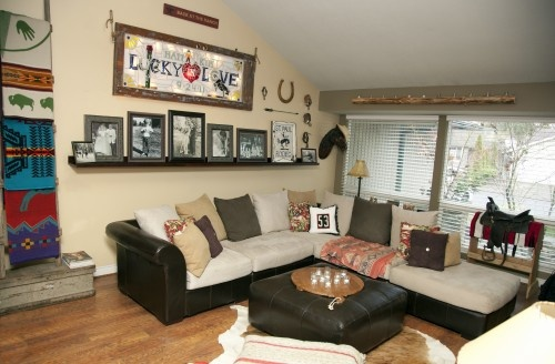 cozy, comfortable,western living room