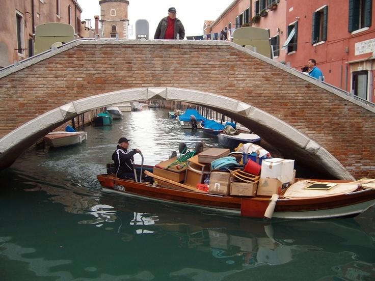 Move in the Venetian manner - Verhuizen op z'n Venetiaans