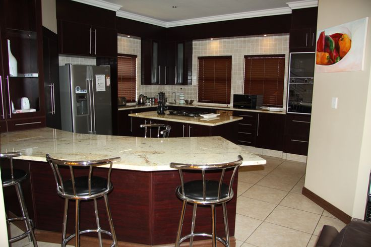 Beautiful kitchen at Eagles Retreat. Accommodation in Hartbeespoort.