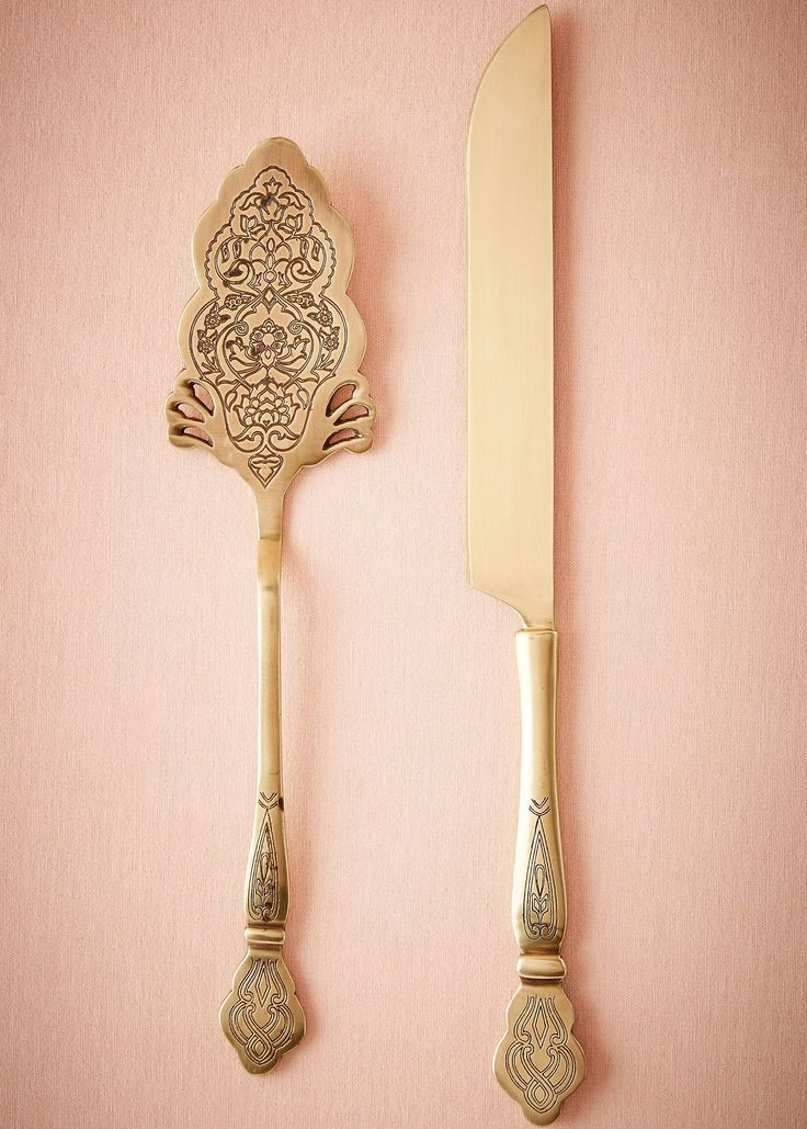 Inspired by an antique wedding cake serving set, this delicately engraved duo is the perfect way to celebrate the finale to your first meal as newlyweds. Set includes knife and server Knife: 12.75″L, 1.25″W; Pie server: 10.75″L, 2.5″W Brass, stainless steel Handmade