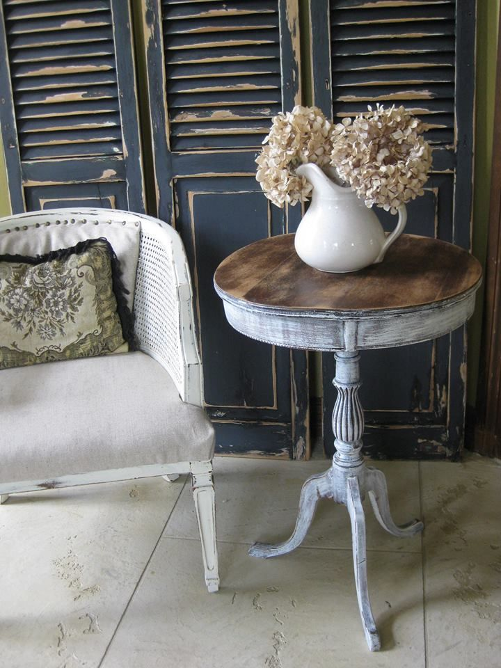 """Vintage Shabby Duncan Phyfe round table. The perfect imperfect small round shabby side table. This is a lightweight table. The table top is slightly wavy.  28"""" Tall x 19"""" round http://upscaleshabby.weebly.com/"""