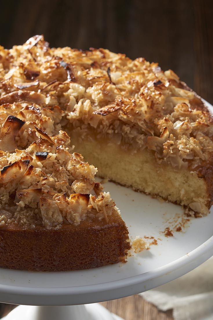 Lazy Daisy Cake - This simple yellow cake with a broiled coconut-butter-brown sugar topping is an all-time favorite. It's quick and easy, and travels very nicely right in its baking pan. http://www.kingarthurflour.com/recipes/lazy-daisy-cake-recipe