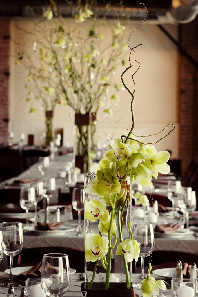 Green cymbidium orchid centerpieces ideas para bodas