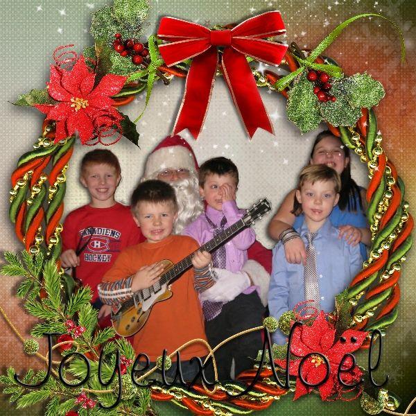 Kit Noël Traditionnel by Bee créations.  Photo: My grandchildren, Noel 2012