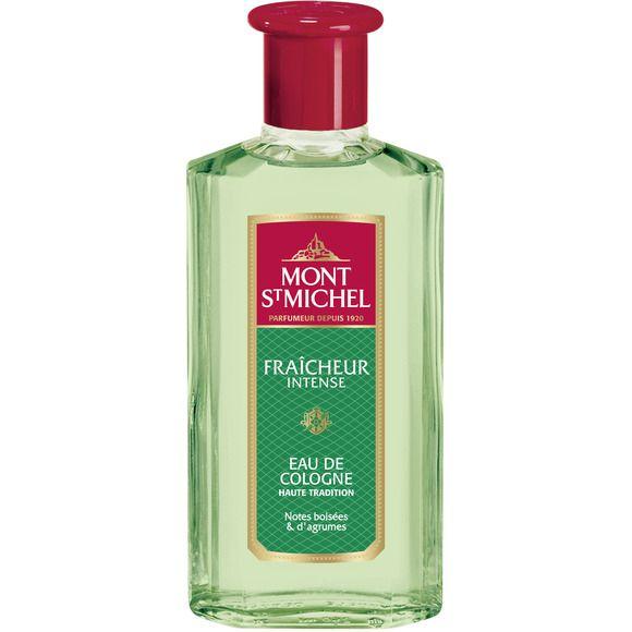 Fragranza fresca con note agrumate e legnose, ideale come dopobarba o come acqua per il corpo. Dal 1920, Mont Saint Michel è un grande classico della profumeria dall'ottimo rapporto qualità-prezzo. Made in France