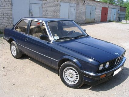 original classics are THE best BMW 318i
