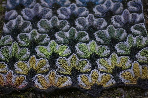 Ravelry: Project Gallery for Lothlorien pattern by Natalia Moreva