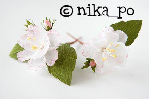 Cómo fabricar flores de manzano con papel de seda