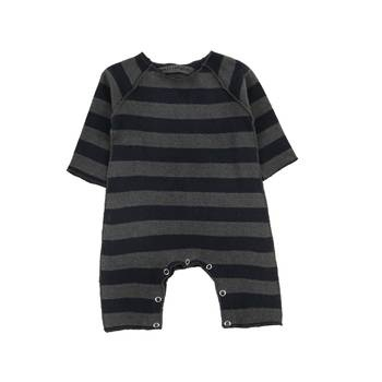 For the little goth baby.