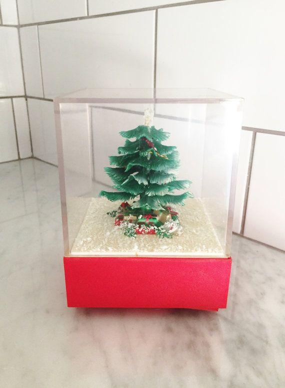 Christmas Music Box, White Christmas, Lucite Christmas Box, Vintage Christmas Decor, Christmas Tree, MCM Christmas Decor