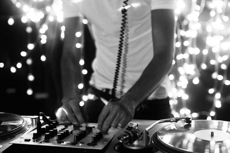 O evento conta com a equipe de som Bangarang e um grande acervo de música jamaicana