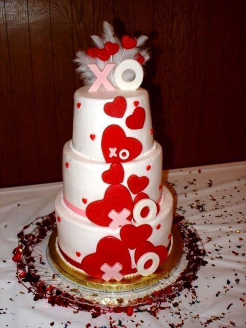 37 best images about valentine s day wedding cakes on pinterest valentines food cakes and. Black Bedroom Furniture Sets. Home Design Ideas