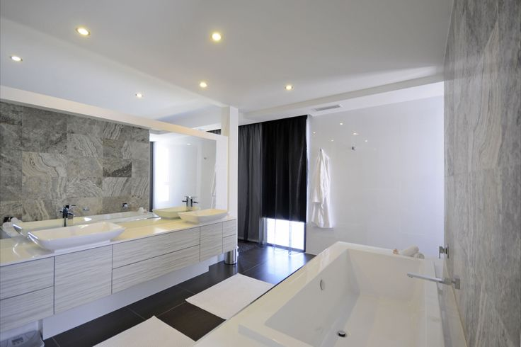 Awesome bathroom design using Lauxes Products