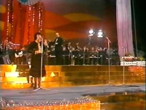 Margareta Paslaru - Lasa-mi toamna pomii verzi [LIVE]