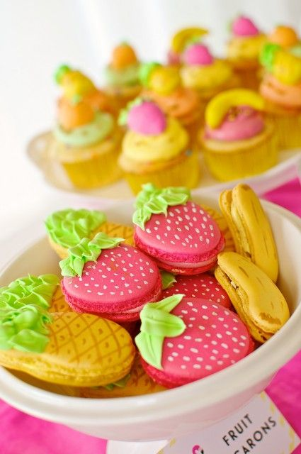 Fruity-Flamingo Summer Party Inspiration, Cupcake and cookies